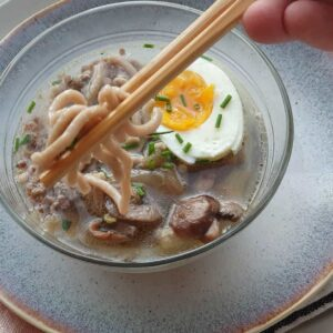 Ramen avec pâte udon sans gluten